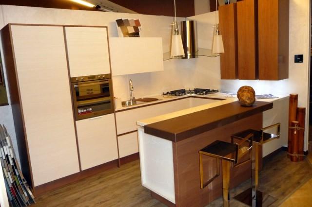 Cucina ad angolo siria arredamenti - Cucina componibile ad angolo ...