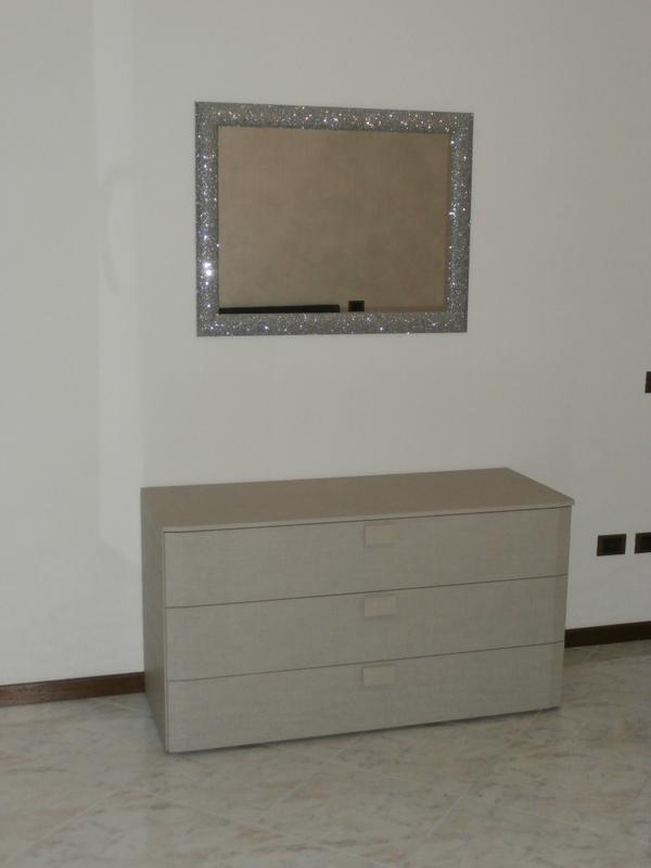 Camera matrimoniale moderna siria arredamenti - Arredamento camera matrimoniale moderna ...