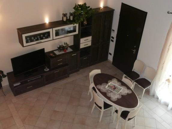 Soggiorno classico siria arredamenti - Arredamento casa classico contemporaneo ...